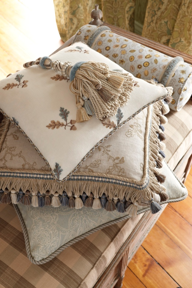 STROHEIM_CHARLES_FAUDREE_STACKED_PILLOWS